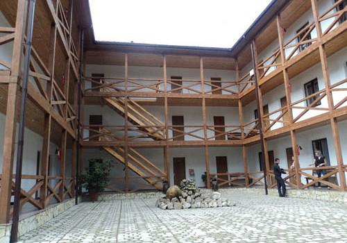 отель аббата в гаграх официальный сайт